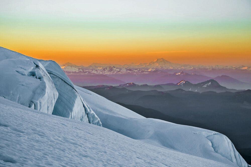Sonnenaufgang beim Aufsteig am Mt. Baker